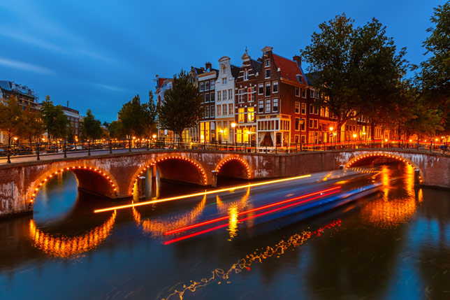 Bulan Madu Romantis di Amsterdam, Belanda
