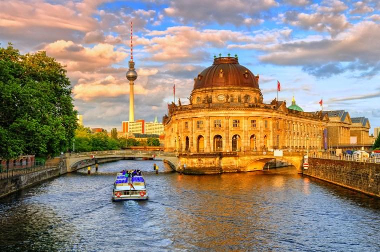 Bulan Madu Romantis di Berlin, Jerman