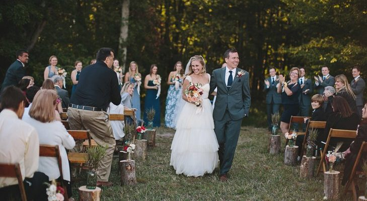 Keys to Planning a Wedding At Home