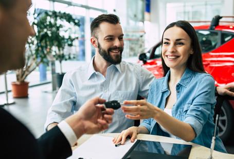 Hal Penting Yang Harus Kamu Pertimbangkan Sebelum Membeli Mobil Baru