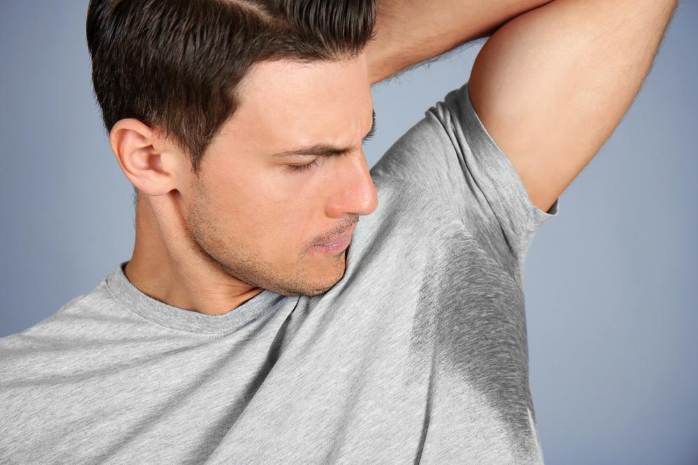 Cara Mengatasi Keringat Berlebih Pada Pria