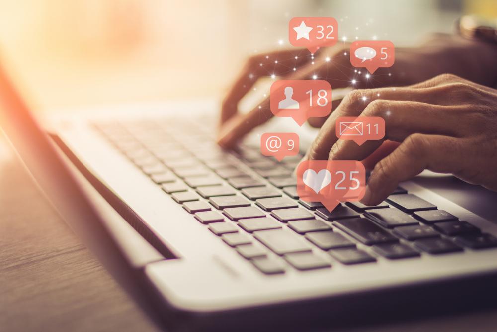 Membuat Akun atau Media Jual Beli Online