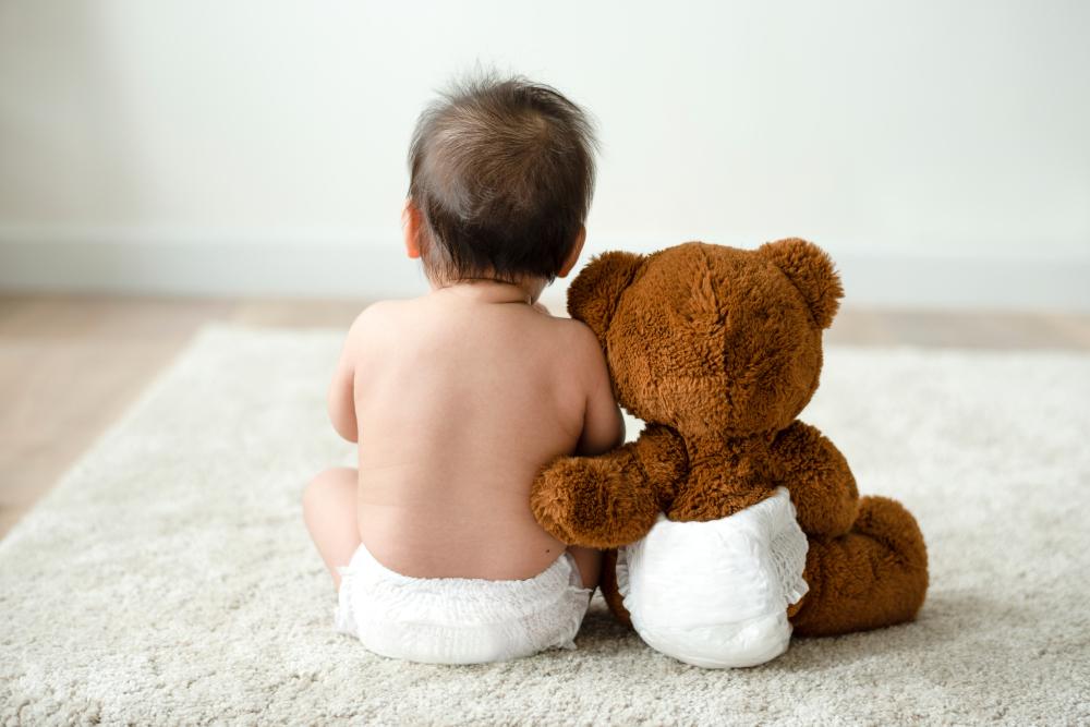 4 Tips Mudah Mengganti Popok Bayi Agar Tetap Kering Setiap Saat