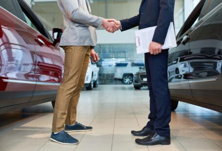 Tips Saat Hendak Membeli Sebuah Mobil Bekas