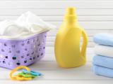 Pentingnya Menggunakan Deterjen Khusus untuk Baju Bayi
